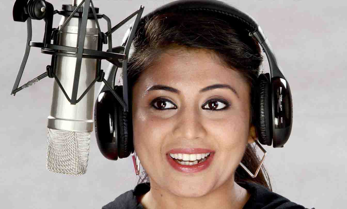 How to Become a Radio Disc Jockey: Step-by-Step Career Guide In Hindi