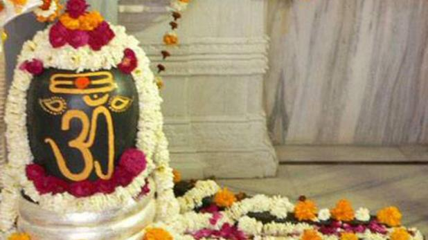 before-knowing-the-place-of-shivling-in-the-house-you-must-know-these-things-1