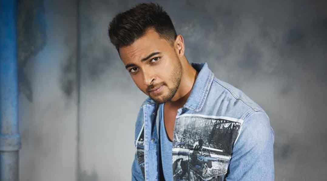 Aayush Sharma is learning mixed martial arts for Kwatha: Want to give my role everything it demands - Movies News