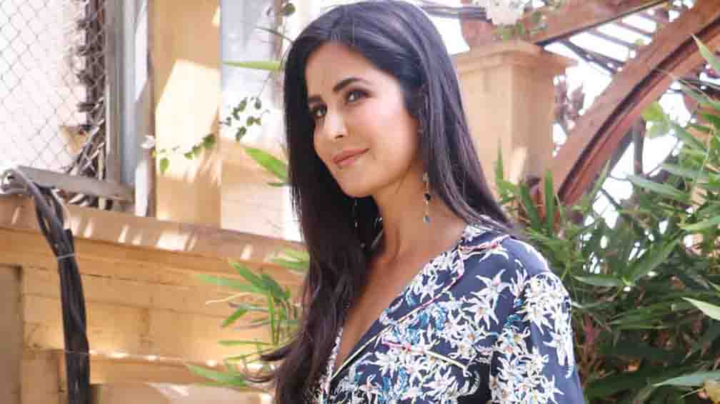 Katrina decides to help women suffering from domestic violence