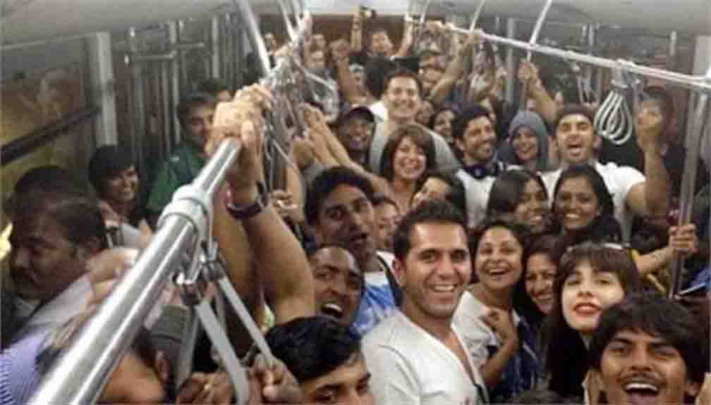 People associated with the film posted on social media after the completion of five years of the film Dil Dhadakne Do