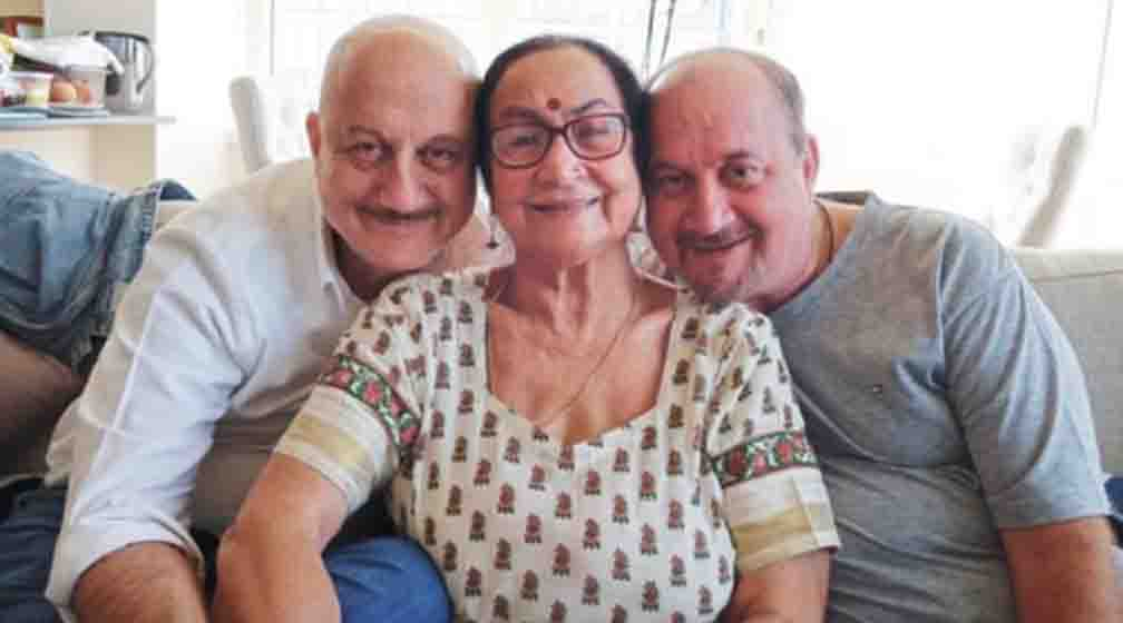 Anupam Kher's mother, brother and sister-in-law Corona were found infected