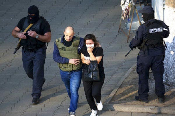Georgia: 43 people held hostage in a bank freed
