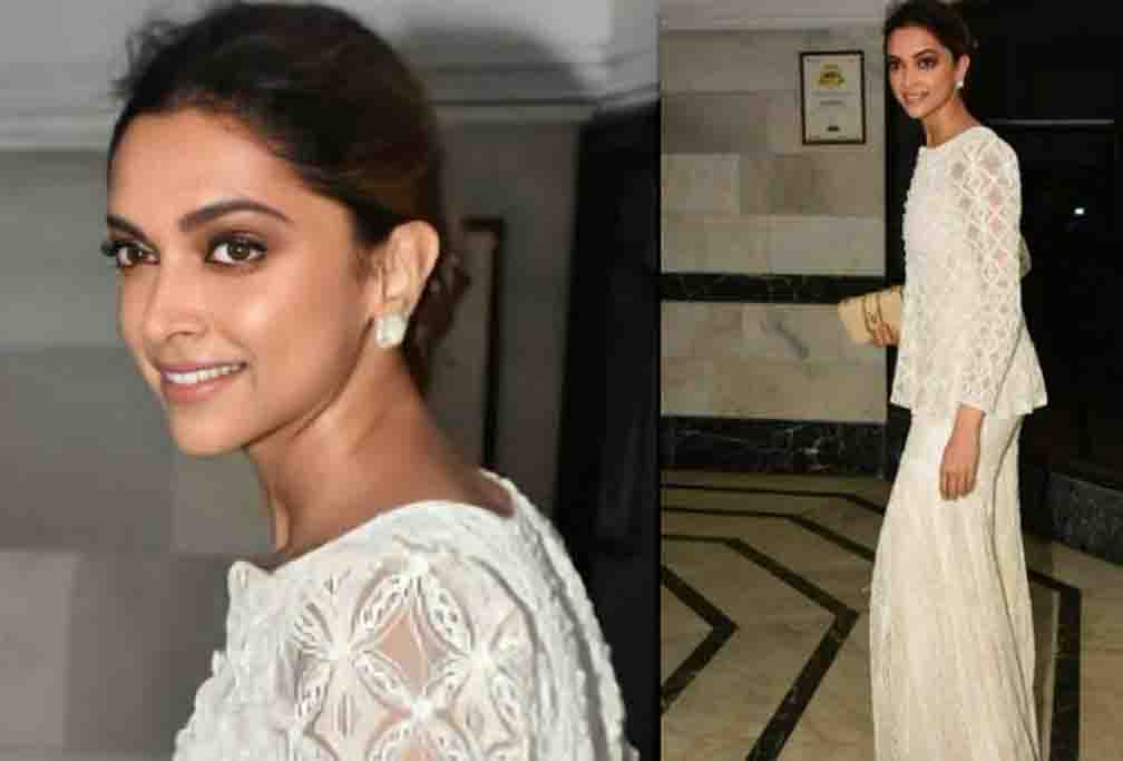 Deepika Padukone reached the party with a cross body leather bag of 1.5 lakhs