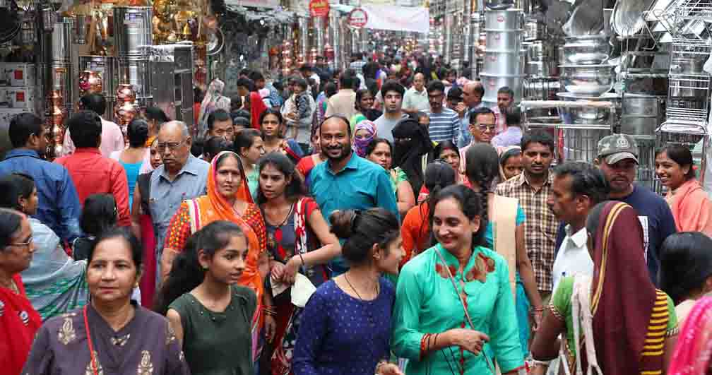 Dhanteras got jammed due to overcrowding in the markets