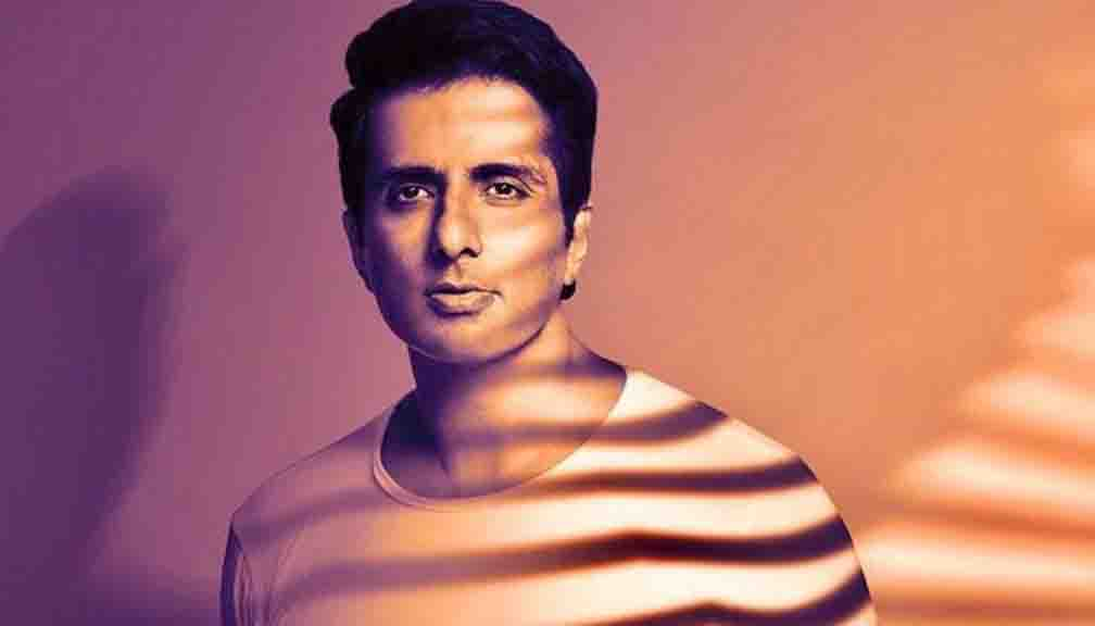 Fan sent an invitation to Sonu Sood to attend their wedding