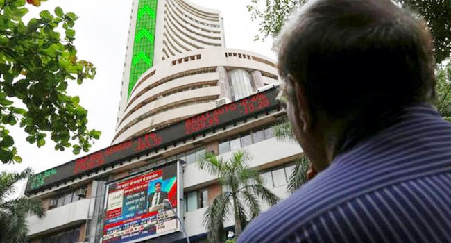 Stock market opens at record high, Sensex rises above 650 points
