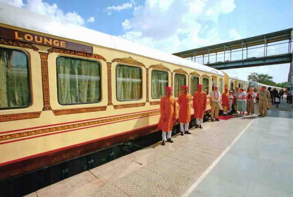 Historic Train Palace on Wheel will run again for tourists from February 24