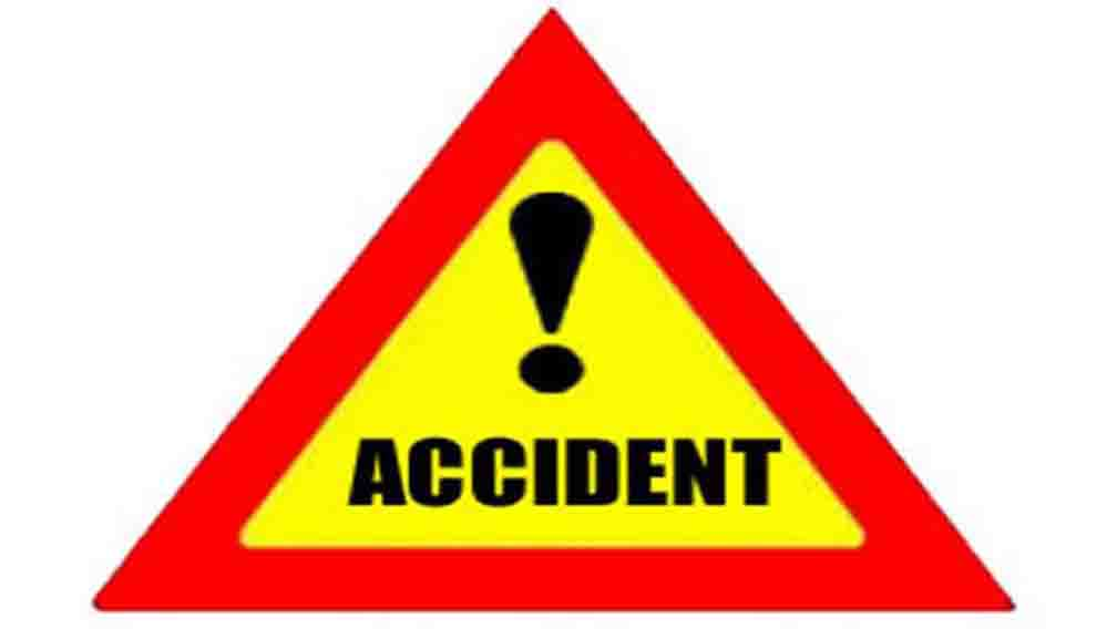 One person killed, 12 injured as bus overturns in Sadar police station area of Vaishali district