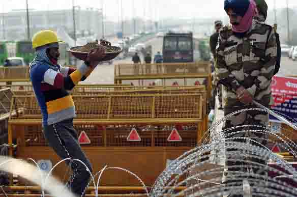 Farmers announced a blockade jam, police made strict security arrangements