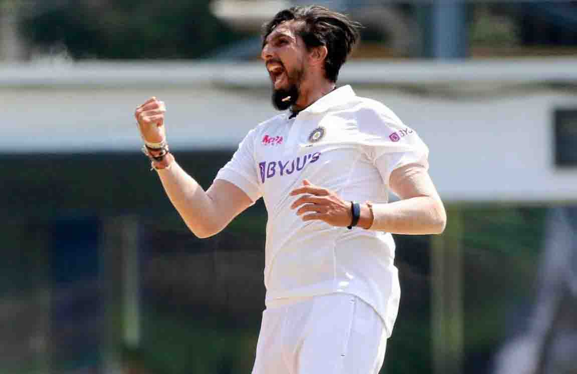 Ishant becomes third Indian fast bowler to take 300 wickets in Test