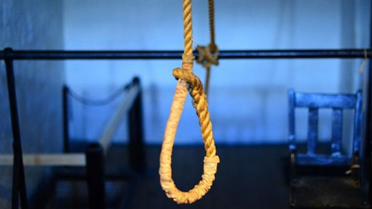 Young man hanged to death in Auraiya after being harassed by houseclash