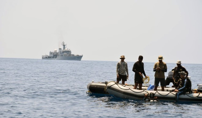 8 Pakistanis caught on Gujarat coast, 150 crore heroin recovered from nearby