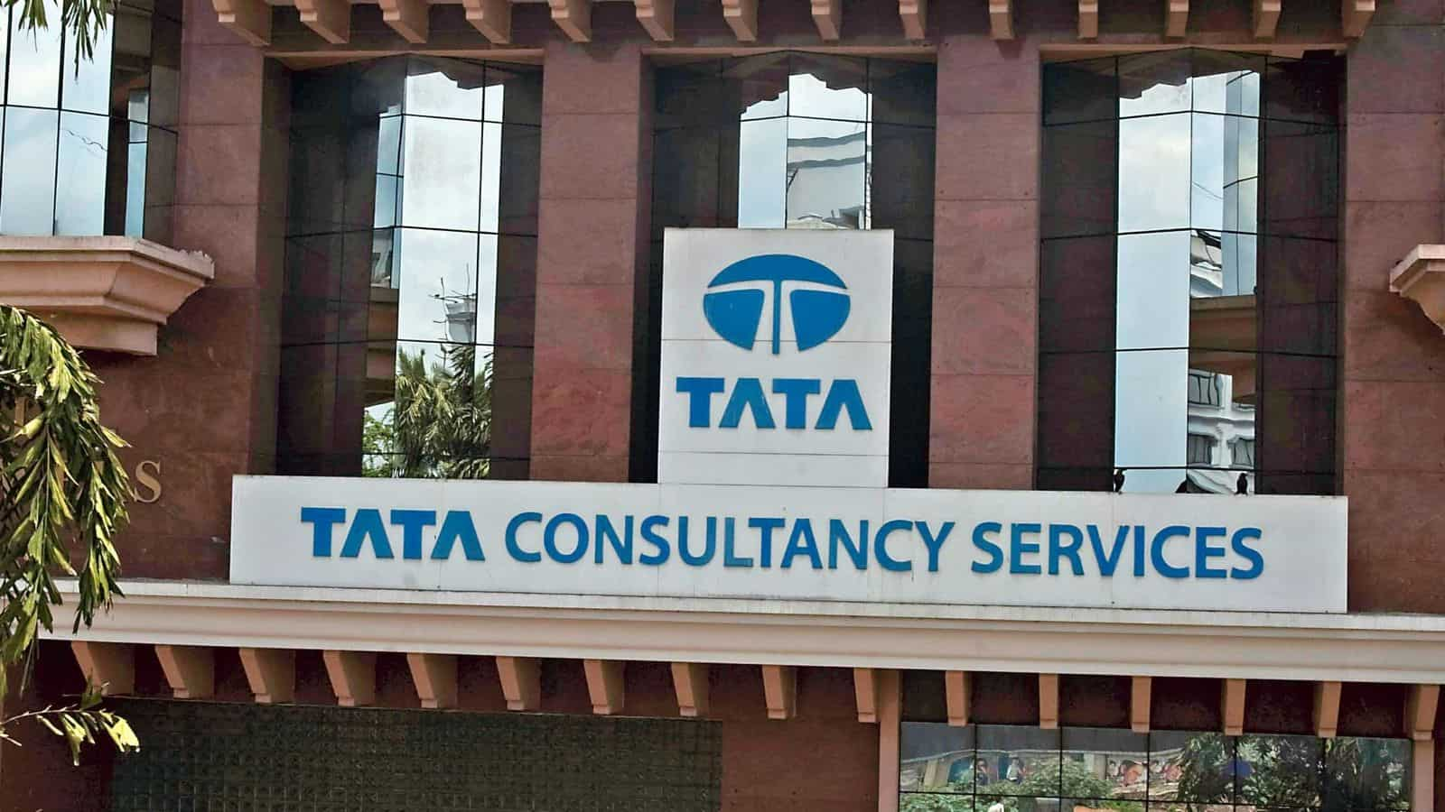 TCS ties up with Transport for London
